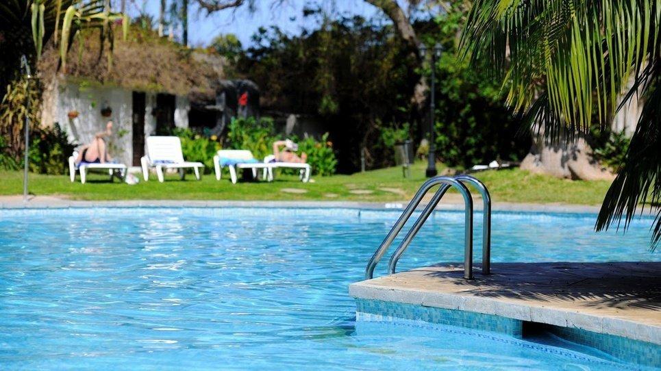 ZONA CÉSPED Hotel Coral Teide Mar ★★★